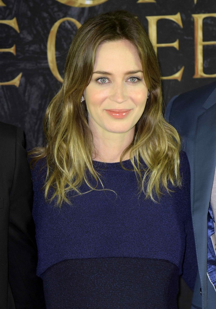 Emily Blunt at The Huntsman and The Ice Queen Photo Call in Hamburg-1