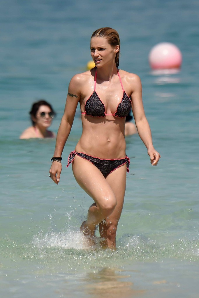Michelle Hunziker in Bikini at the Beach in Dubai-1
