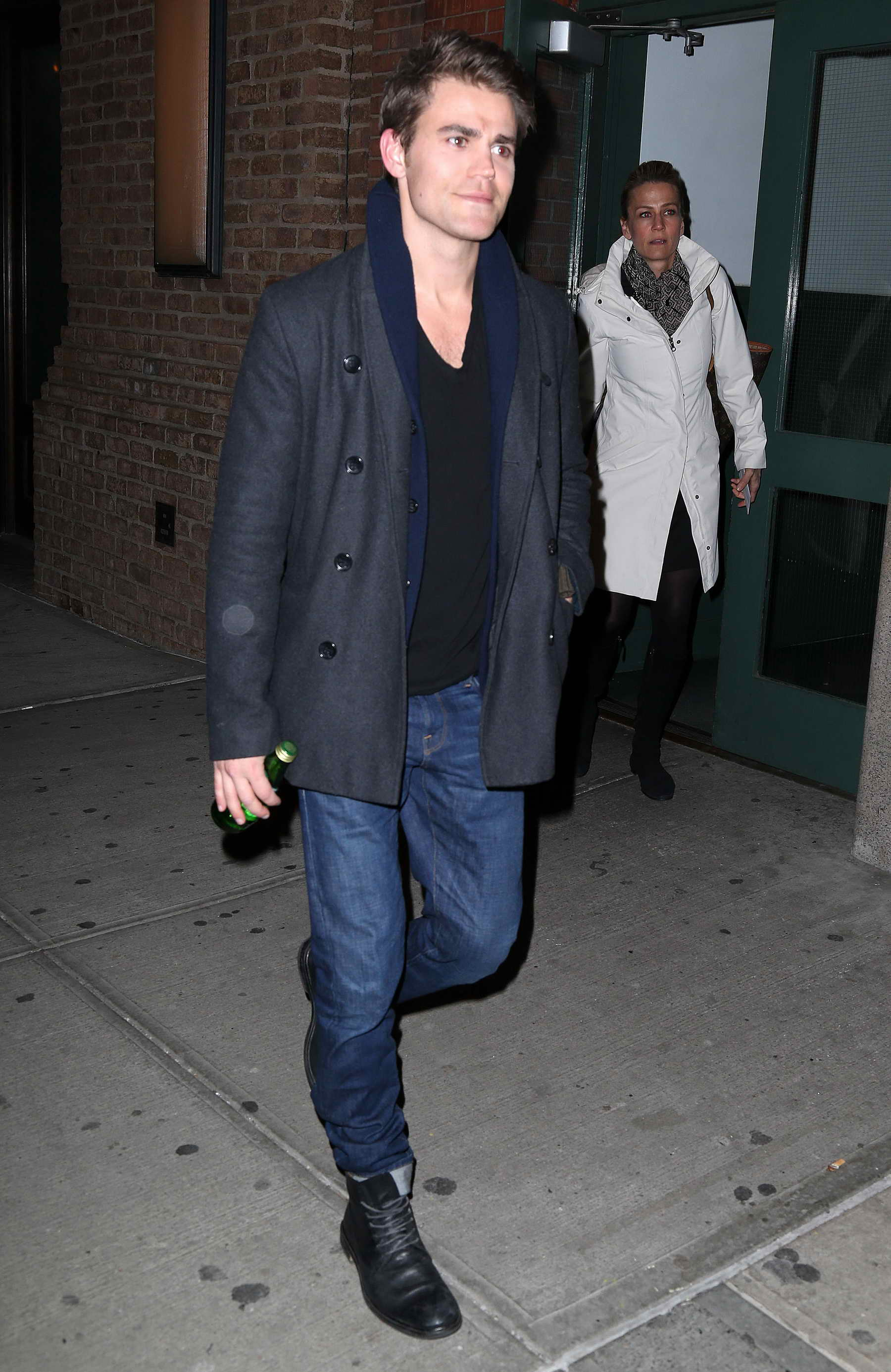 Paul Wesley Out in New York City – Celeb Donut