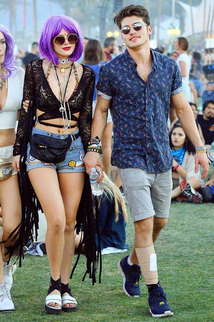 Bella Thorne at the Coachella Valley Music and Arts Festival in Indio-1
