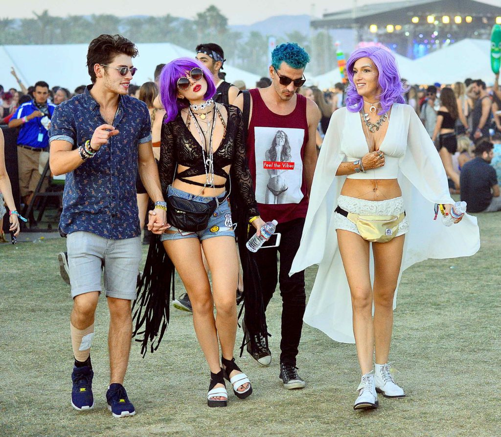 Bella Thorne at the Coachella Valley Music and Arts Festival in Indio-3