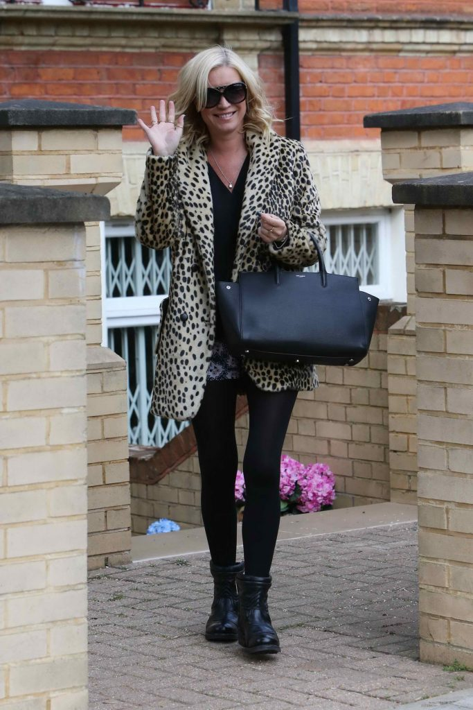 Denise van Outen Leaves Her London Home-3
