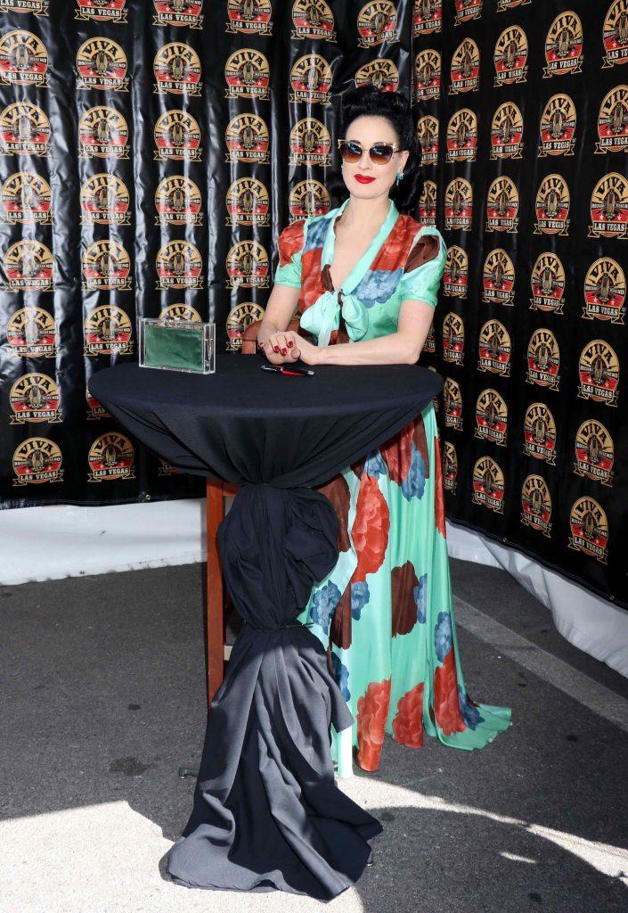 Dita Von Teese at Viva Las Vegas Rockabilly Weekend in Las Vegas-4