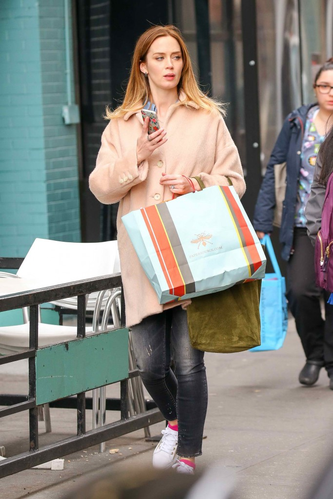 Emily Blunt Was Spotted Out in New York City-1