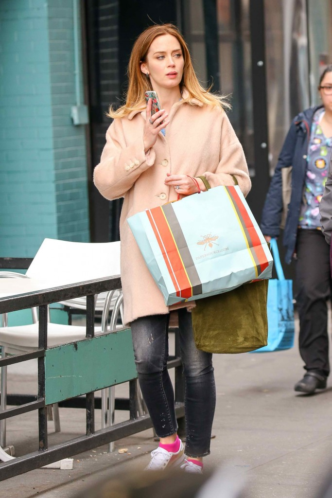 Emily Blunt Was Spotted Out in New York City-4