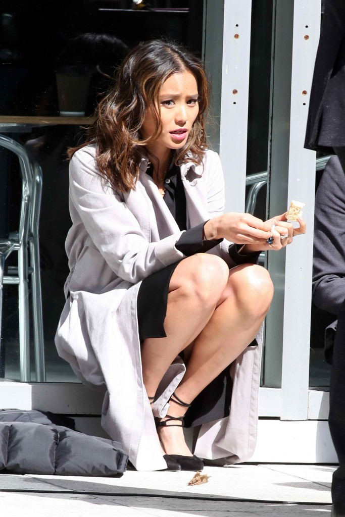Jamie Chung on Set of Miranda's Rights in Vancouver-1