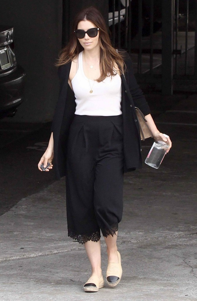 Jessica Biel Out in Los Angeles-2