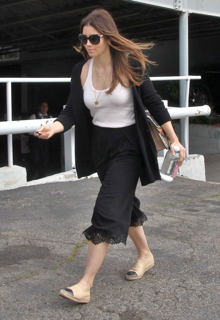 Jessica Biel Out in Los Angeles-3