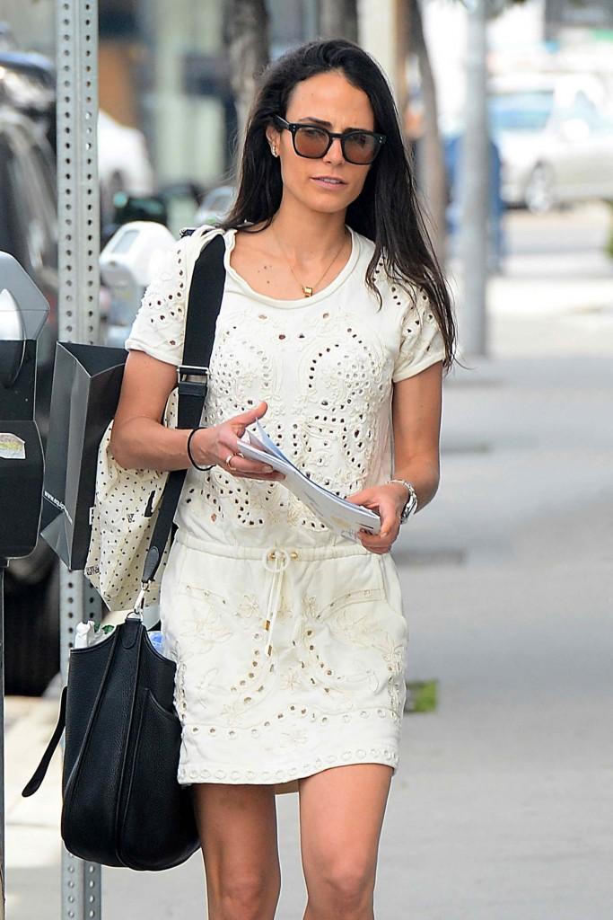 Jordana Brewster Was Strolling in Los Angeles-1