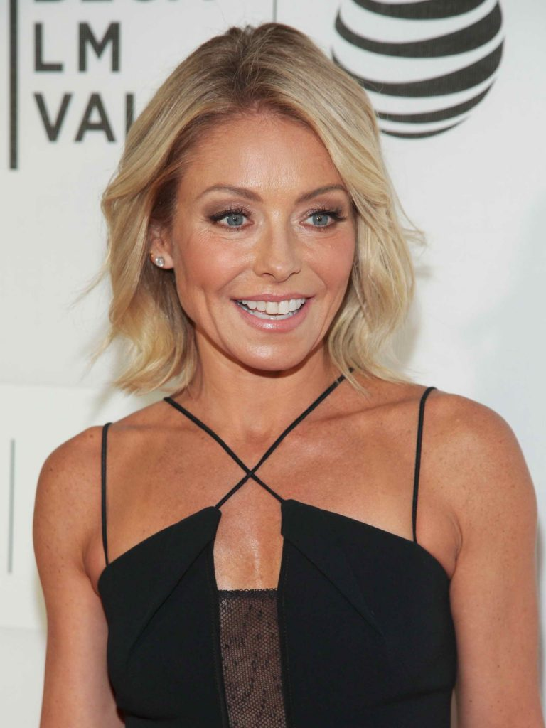 Kelly Ripa at the Custody Premiere During the Tribeca Film Festival in New York City-3