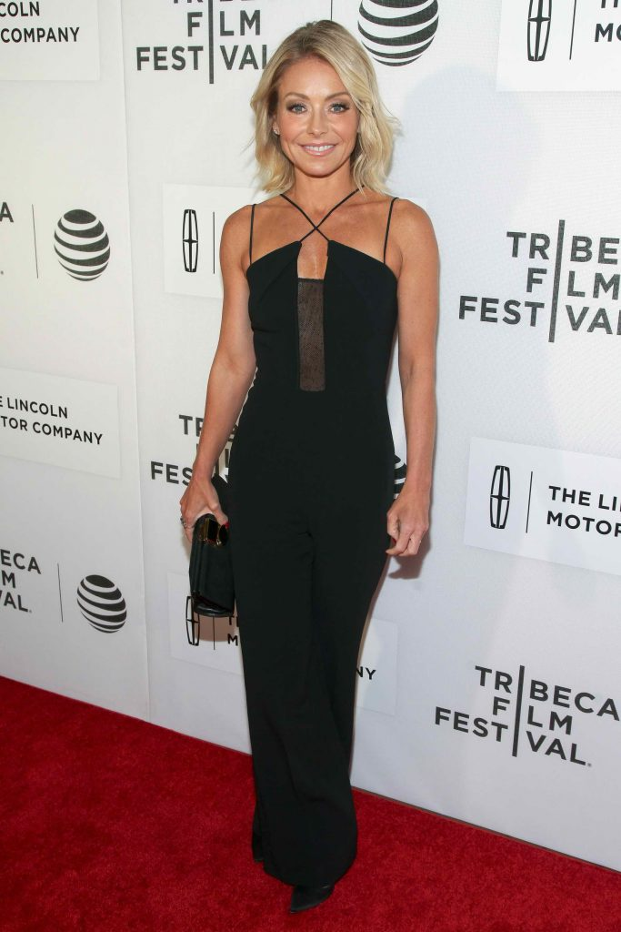 Kelly Ripa at the Custody Premiere During the Tribeca Film Festival in New York City-4