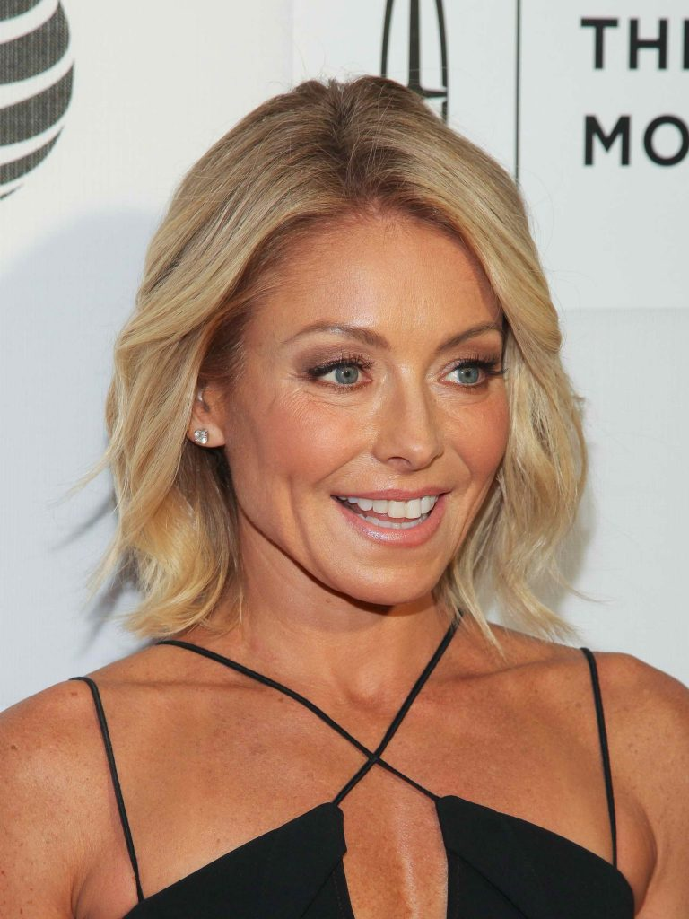 Kelly Ripa at the Custody Premiere During the Tribeca Film Festival in New York City-5