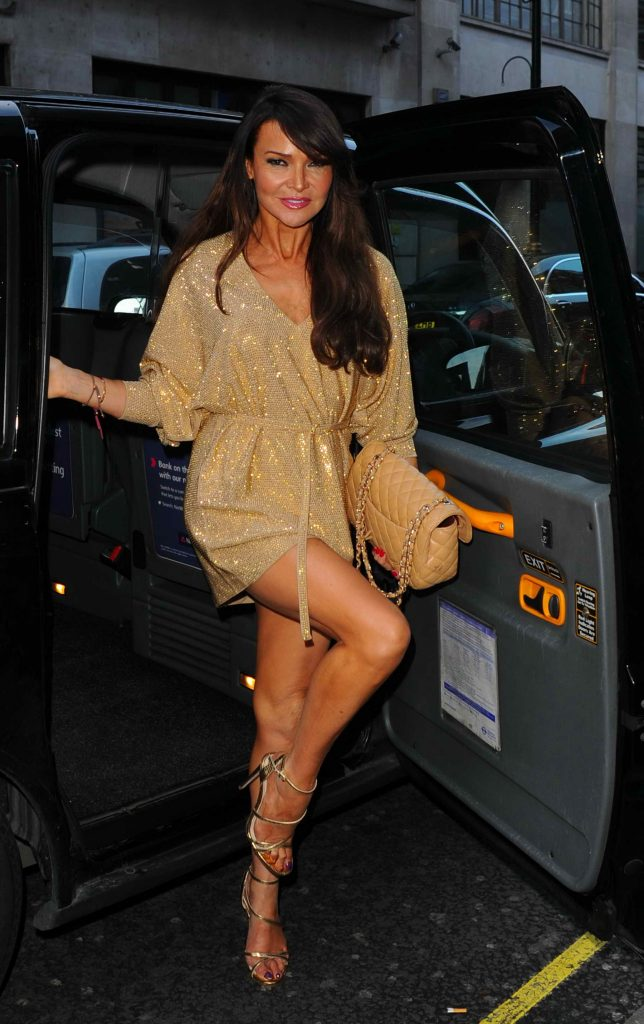 Lizzie Cundy Arrives at GQ Food and Drink Awards in London-1