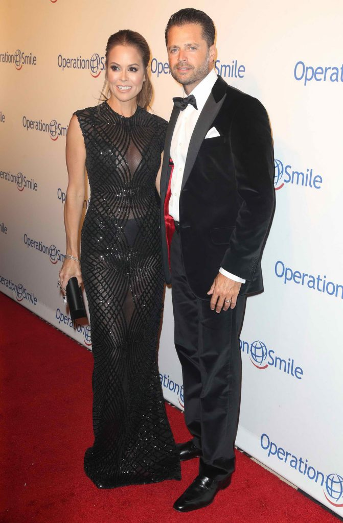 Brooke Burke at the 14th Annual Smile Gala in New York-4