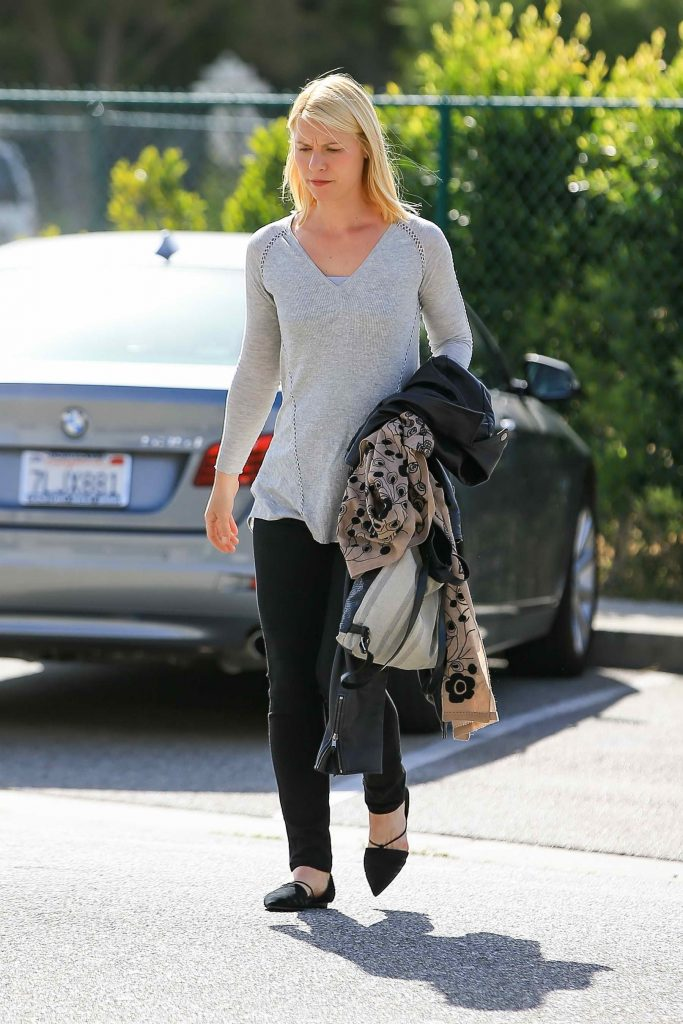 Claire Danes Was Seen Out in Los Angeles-1