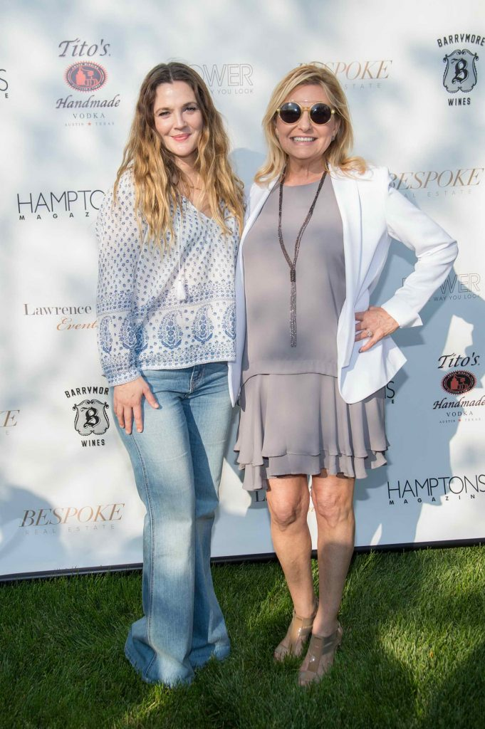 Drew Barrymore Attends Hamptons Magazine Memorial Day Soiree in New York-4