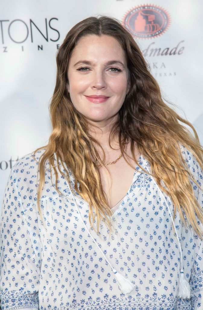 Drew Barrymore Attends Hamptons Magazine Memorial Day Soiree in New York-5