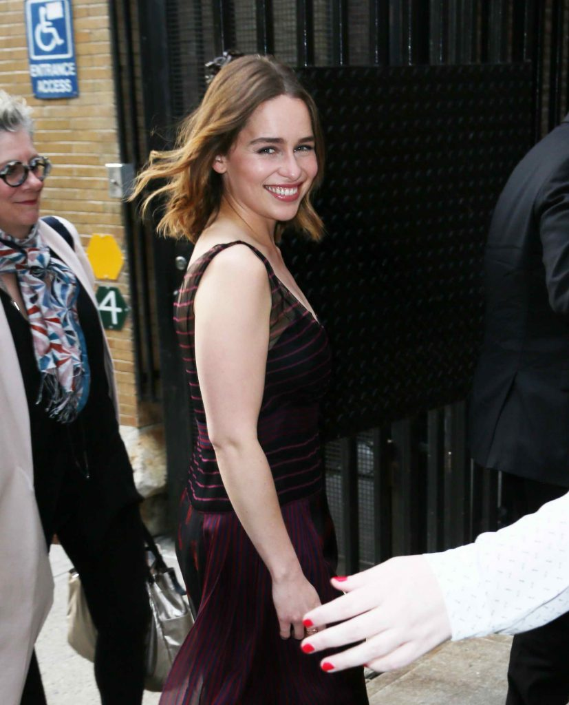 Emilia Clarke Signs Her Book at Barnes & Noble in New York City-3
