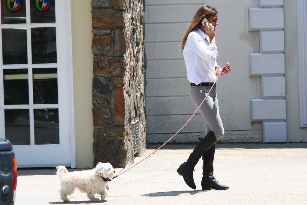 Kelly Bensimon Goes Shopping in the Hamptons-3