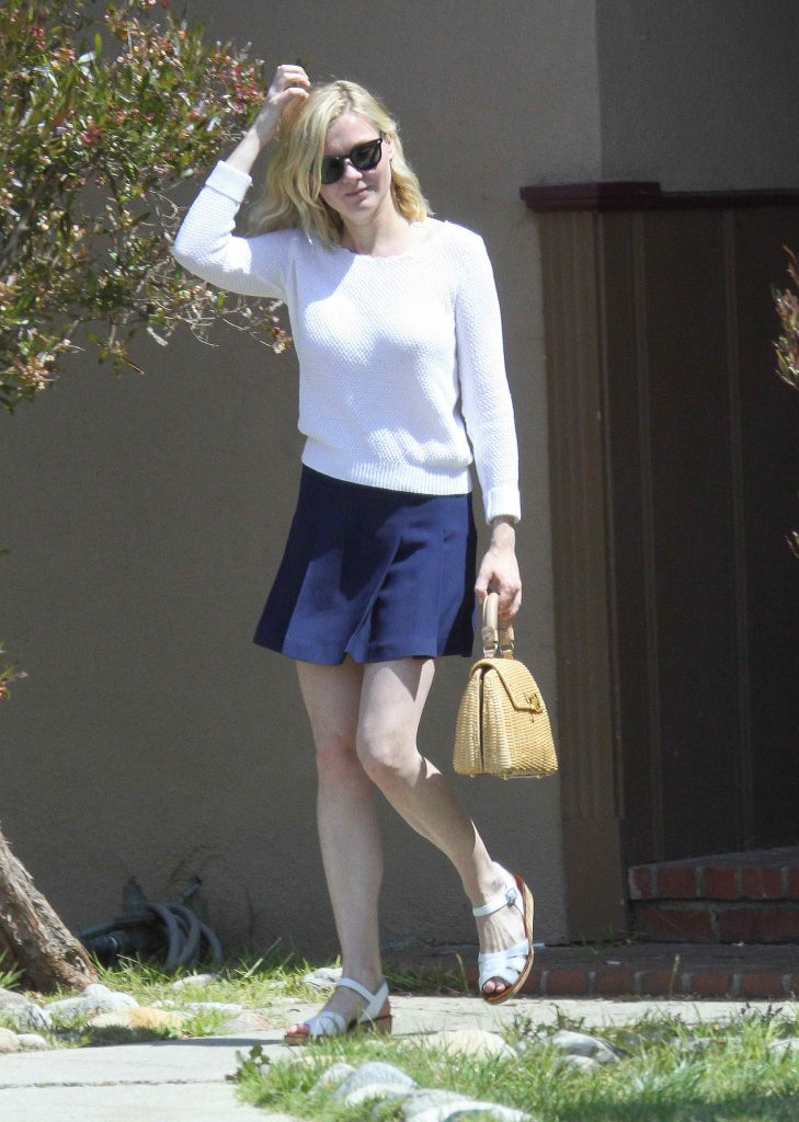 Kirsten Dunst Out and About in Los Angeles-1