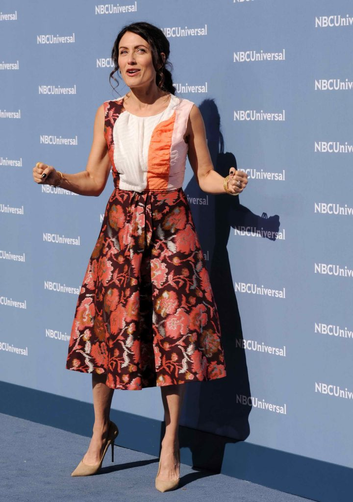 Lisa Edelstein at the NBCUniversal 2016 Upfront Presentation in New York-3