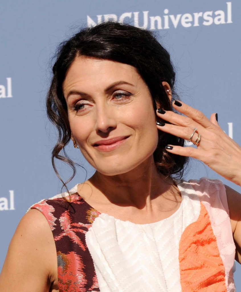 Lisa Edelstein at the NBCUniversal 2016 Upfront Presentation in New York-4