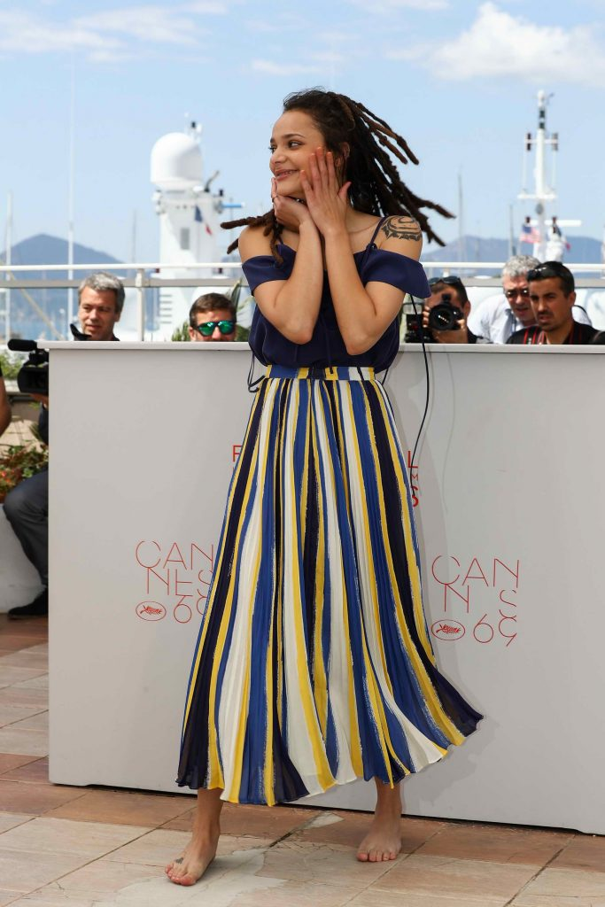 Sasha Lane at American Honey Photocall During The 69th Annual Cannes Film Festival-1