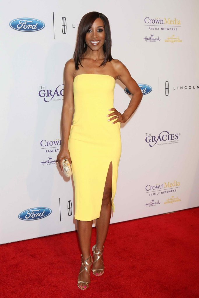 Shaun Robinson at 41st Annual Gracie Awards Gala May in Beverly Hills-1