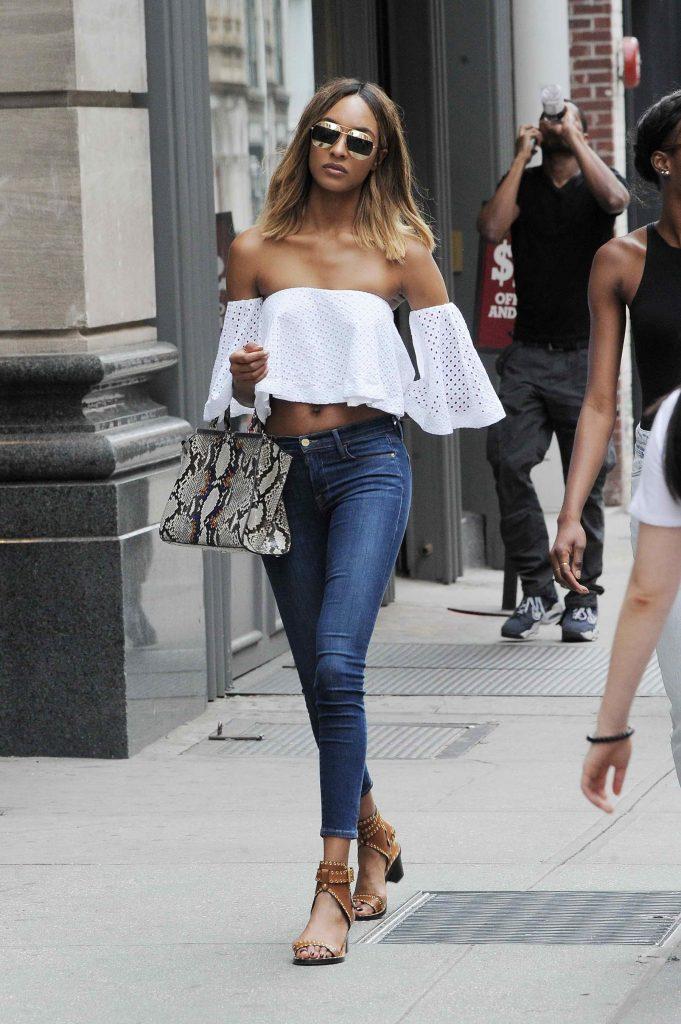 Jourdan Dunn Goes Shopping in Soho, New York-1