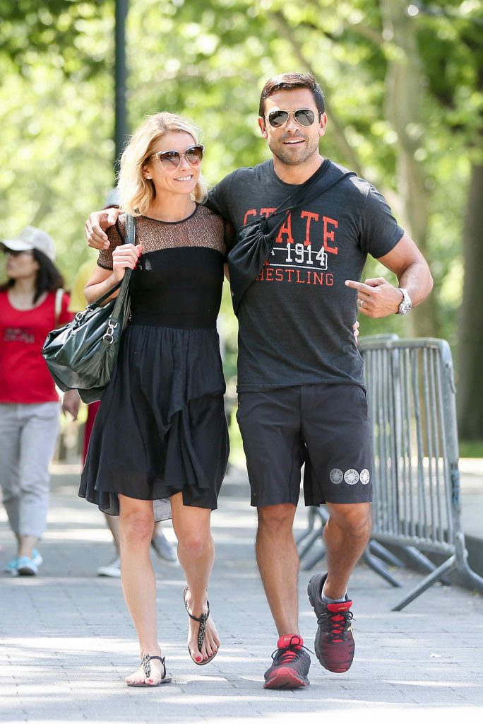 Kelly Ripa Was Seen in Central Park in New York-1