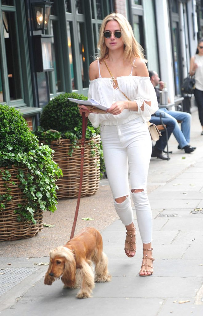 Kimberley Garner Walks Her Dog in London-1