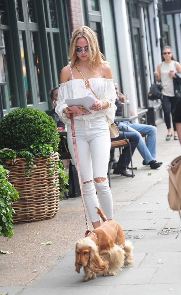 Kimberley Garner Walks Her Dog in London-3