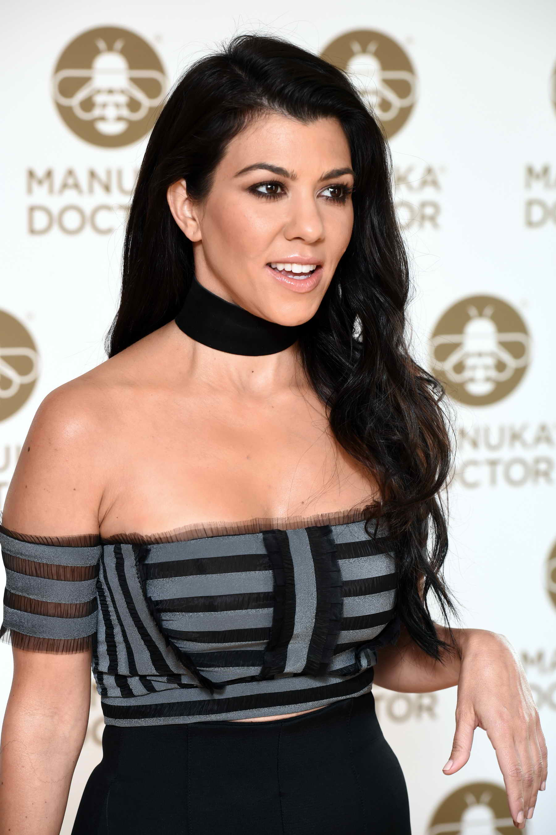 Kourtney kardashian does a photocall at the london edition for What does kourtney kardashian do