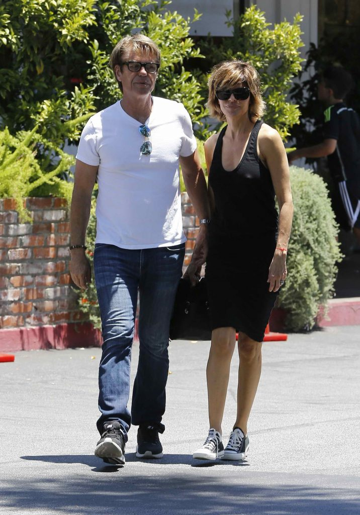 Lisa Rinna Was Spotted in Los Angeles-1