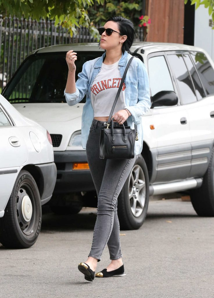 Rumer Willis Visits a Friend in Santa Monica California-2