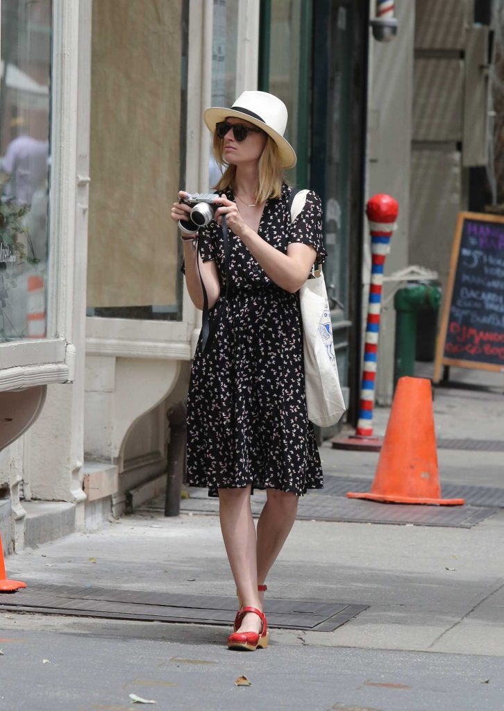 Beth Behrs Was Seen Out in New York City-3