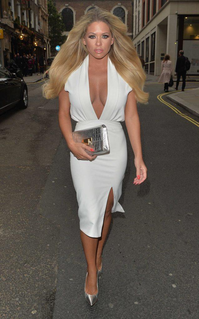 Bianca Gascoigne Leaves the Gaslight Club in London-2