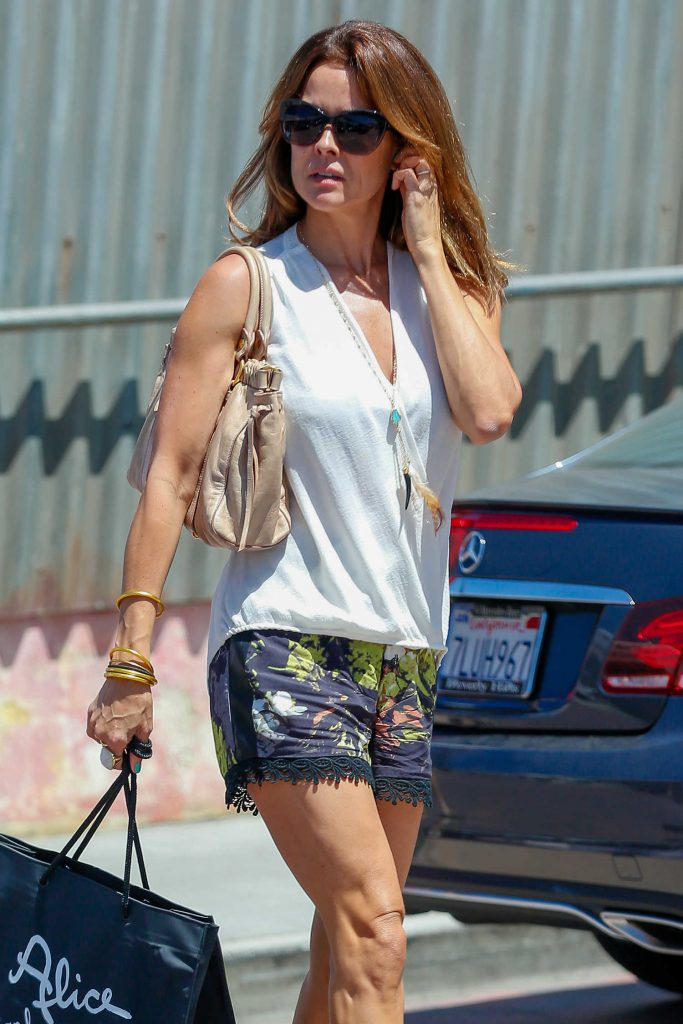 Brooke Burke Shopping in Malibu-4