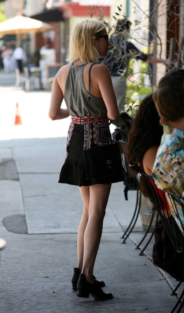 Emma Roberts Was Spotted Out in West Hollywood-5