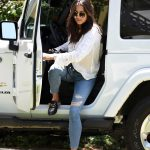 Jessica Gomes Arrives at a Friends house in LA