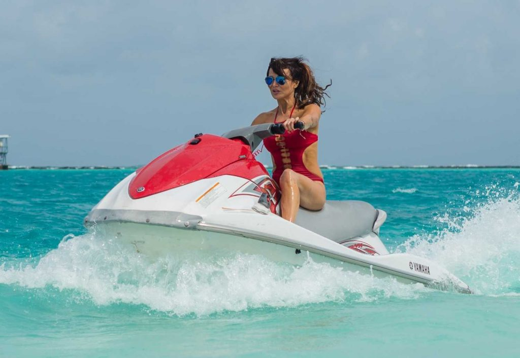 Lizzie Cundy in a Red Swimsuit at the Beach in the Maldives-5