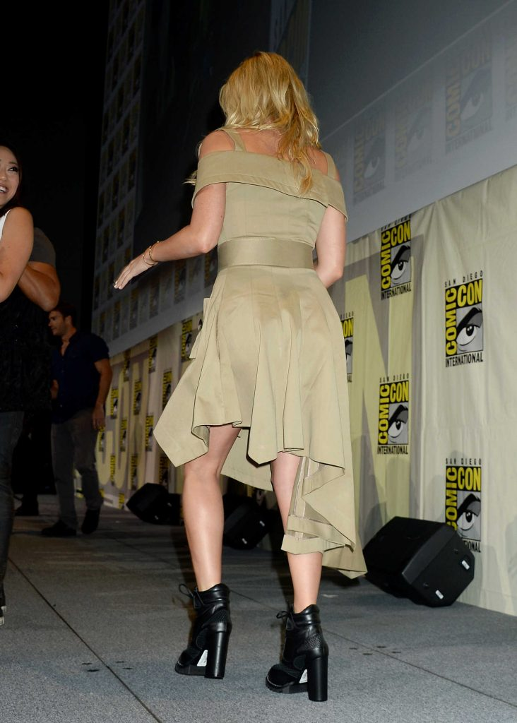 Margot Robbie at Warner Bros Presentation at Comic-Con International in San Diego-5