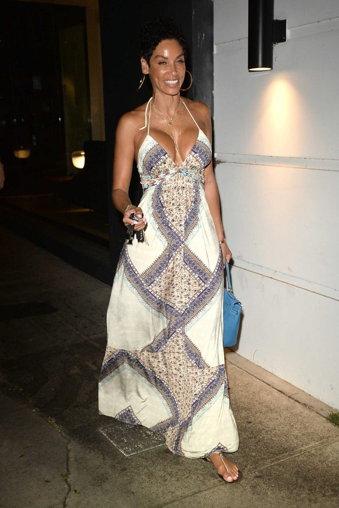 Nicole Murphy Has Dinner at Madeos in Los Angeles-1