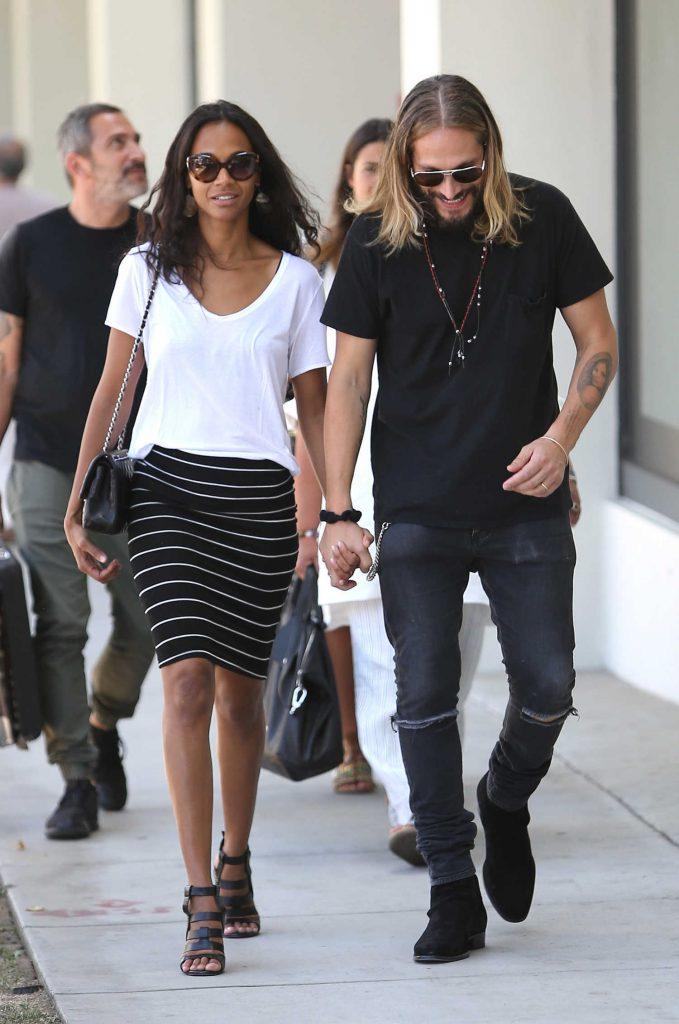 Zoe Saldana Goes Shopping in Beverly Hills-1