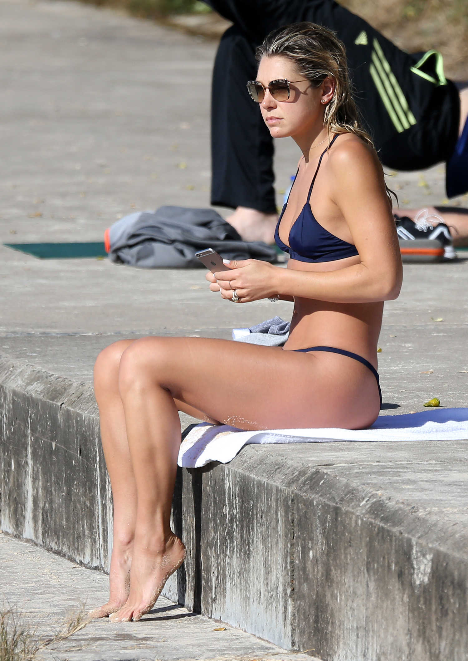 Ashley Hart Shows Off Her Bikini Body At Bondi Beach In