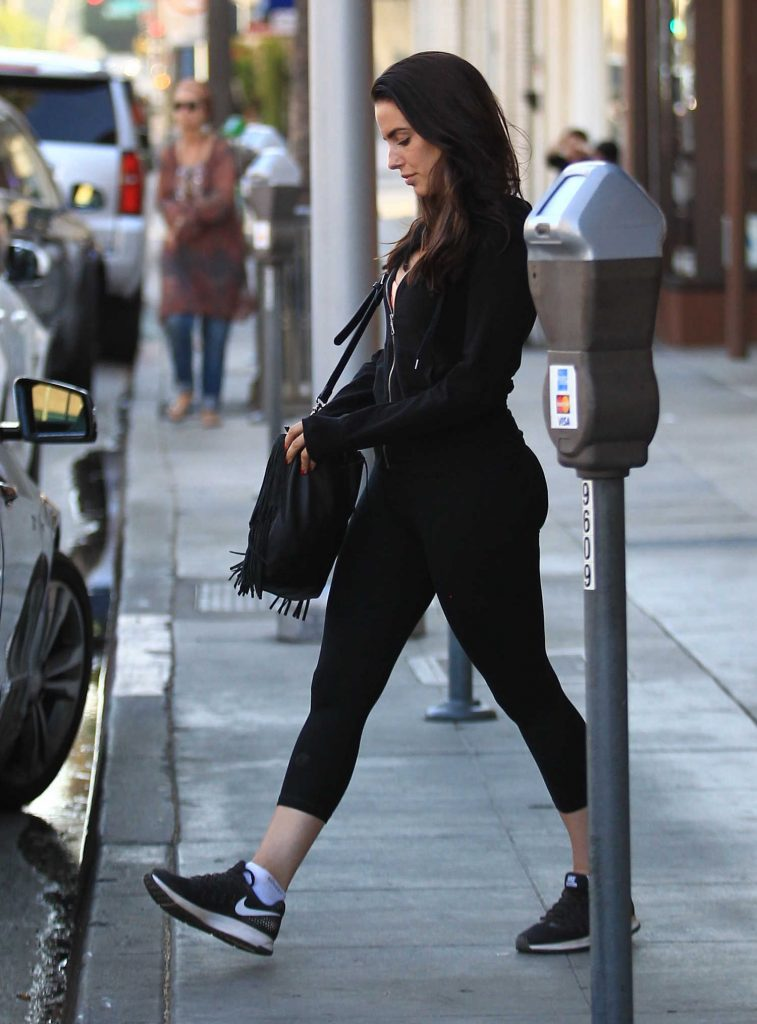 Jessica Lowndes Was Seen at Kreation in Beverly Hills-2
