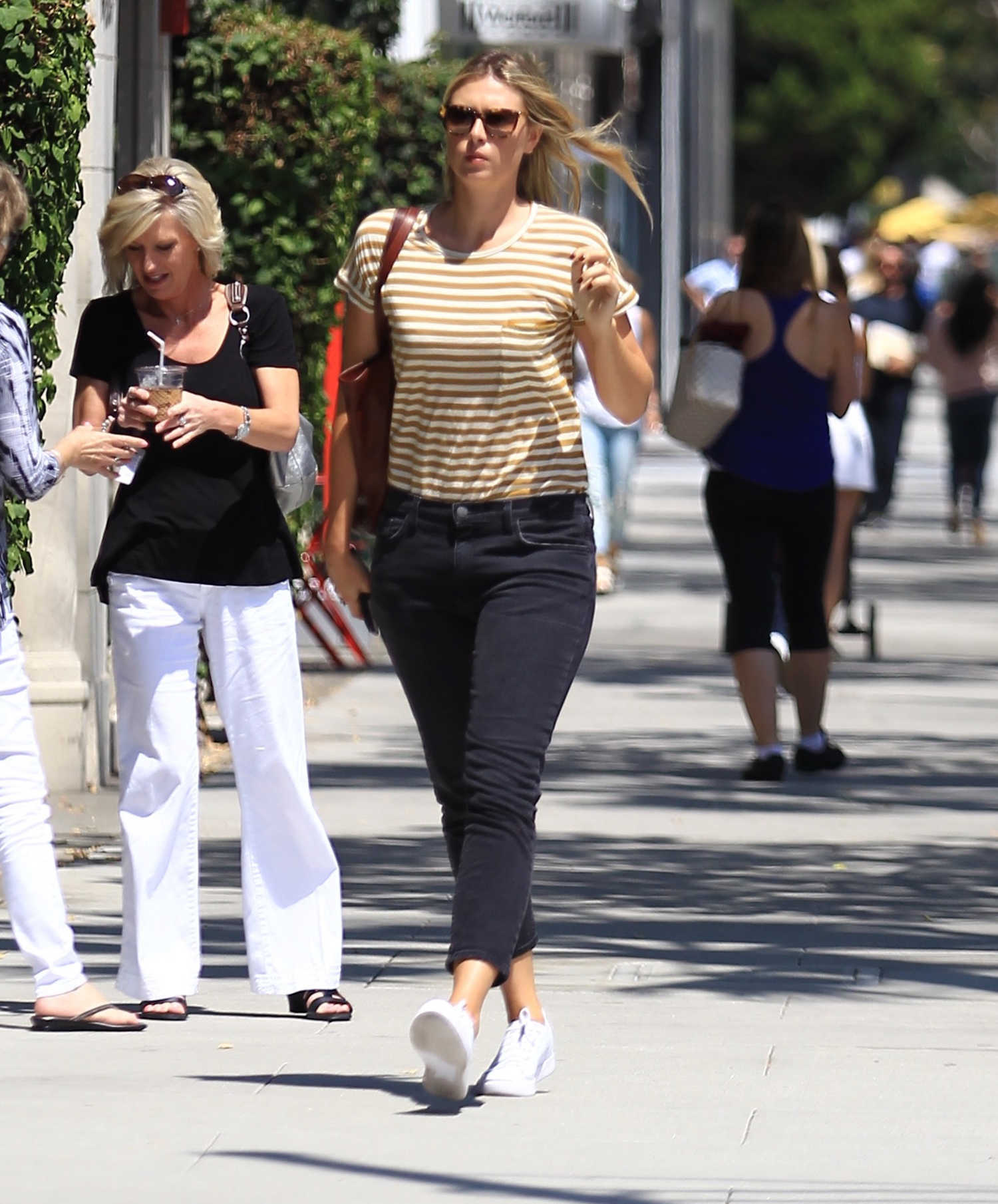 Maria Sharapova Was Seen Out in Los Angeles – Celeb Donut b1c5ef889e6