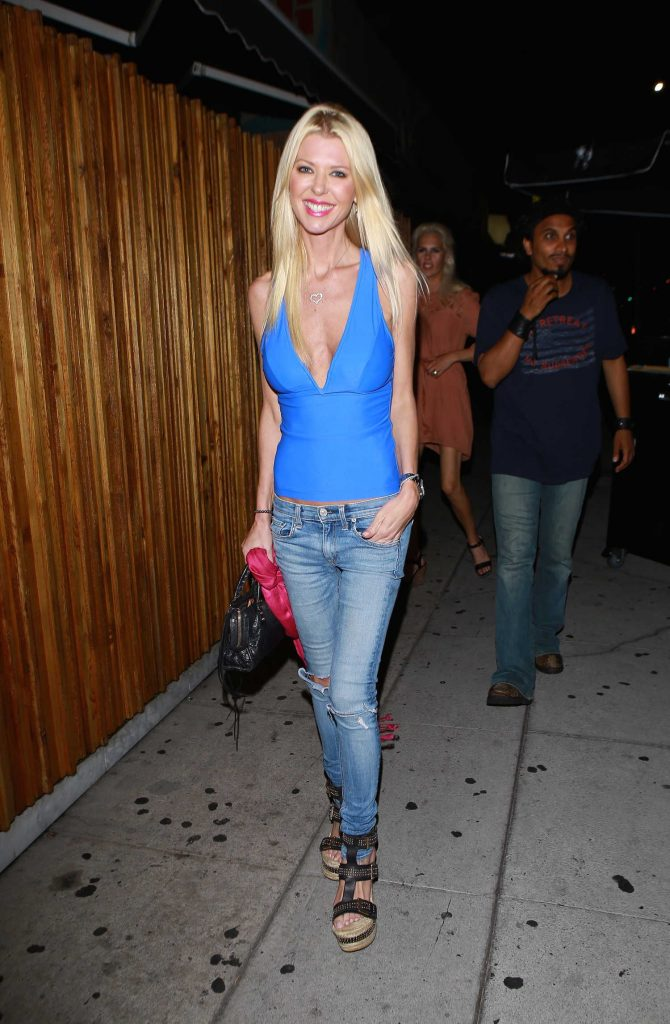 Tara Reid Arrives at the Nice Guy Club in West Hollywood-3