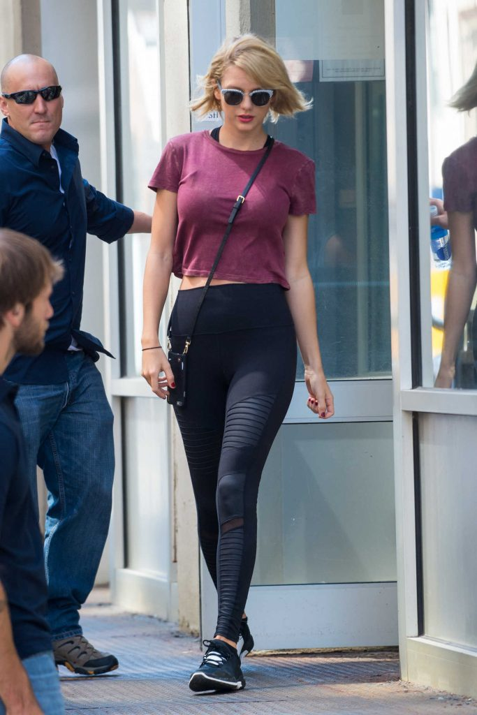 Taylor Swift Leaves the Gym in New York City-1