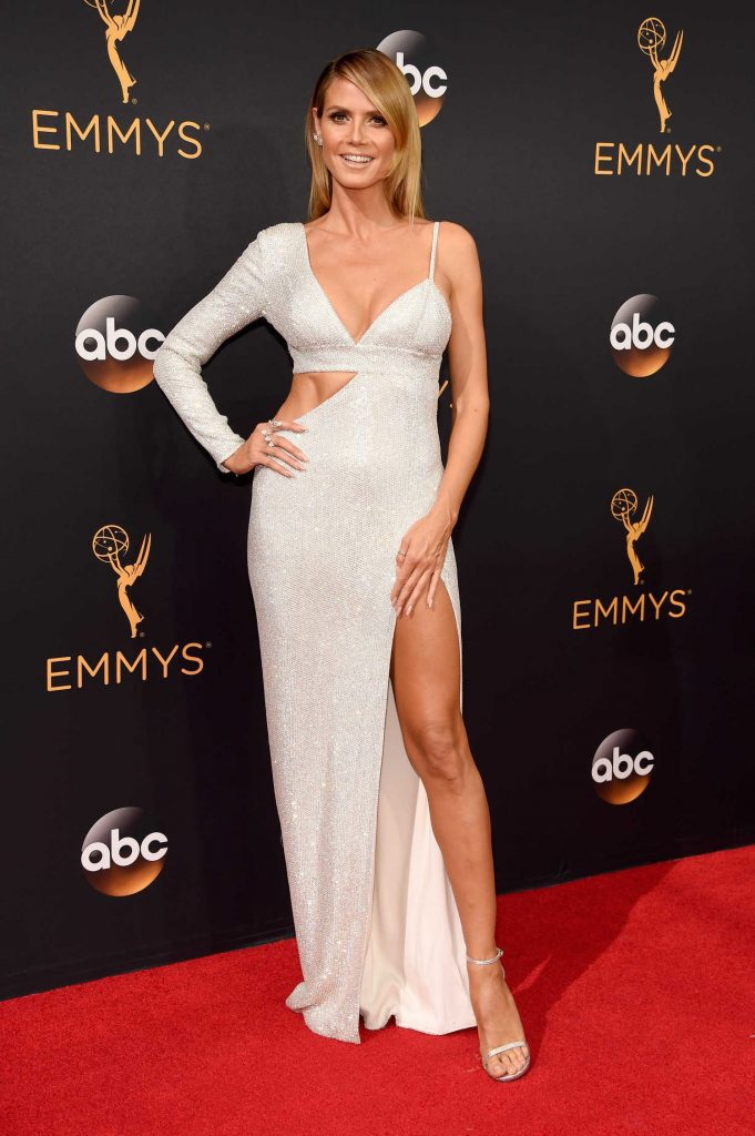 Heidi Klum at the 68th Emmy Awards in Los Angeles-1